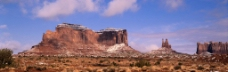 山峰全景图图片