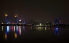五彩斑斓的夜景图片