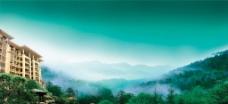 蓝天草地山林人家图片