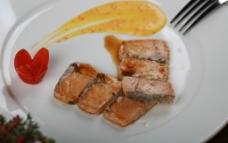 铁板三文鱼  美食图片