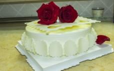 玫瑰生日蛋糕图片