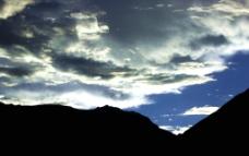 西藏自治区    怒江岸图片
