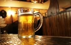 唯美啤酒图片