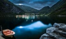 唯美湖面图片