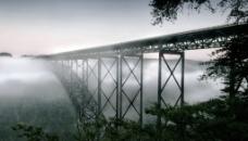 铁栈桥图片