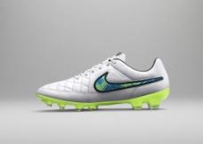 NIKE 足球鞋图片