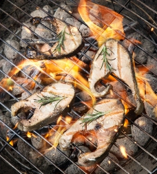 碳烤鱼肉图片