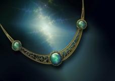 宝石项链图片